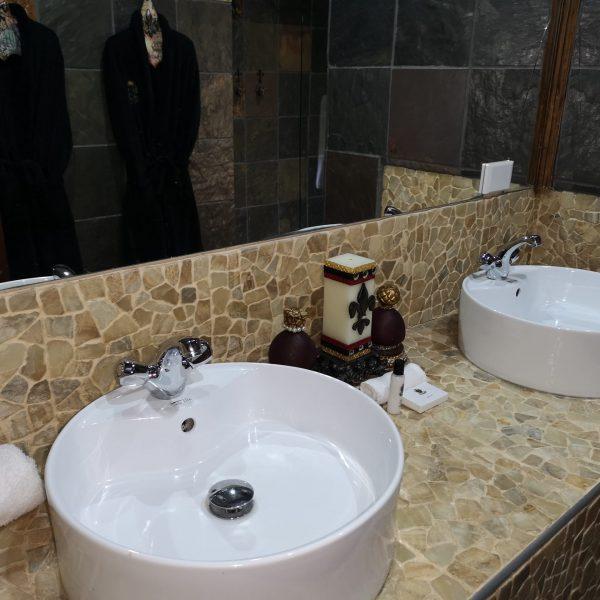 Excalibur Boutique Hotel